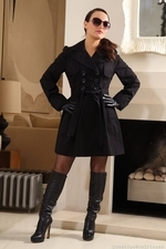 Carla Strips From Mysterious Black Outfit - Picture 1