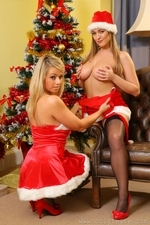 Jodie Gasson And Melissa D As Sexy Santas - Picture 13