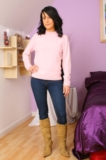 Dark Haired Emily J In Jeans And Pink Sweater - Picture 1
