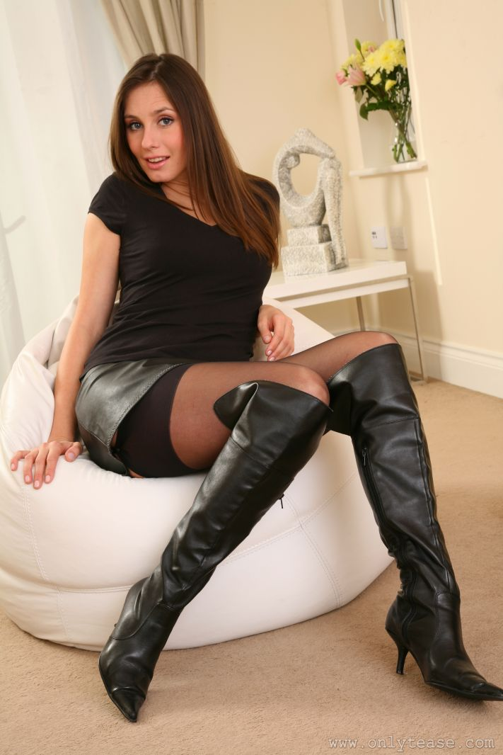 nude babes in leather boots